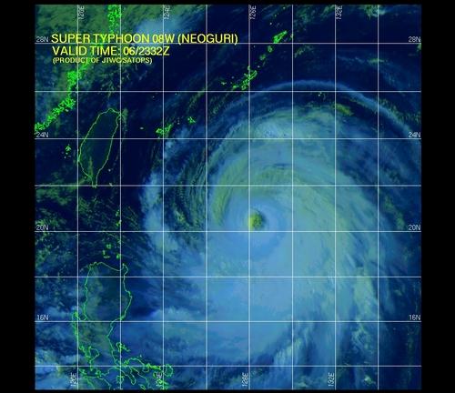米軍 台風画像.jpg